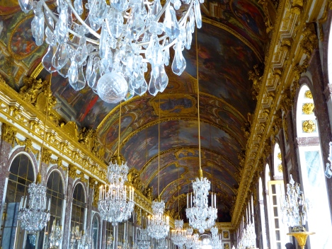 Hall of Mirrors - photo:  Angela Tiffin